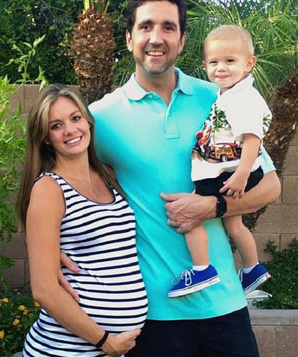 Kristy Ardo, 25 tuổi, sống tại Arizona (Mỹ) là bà mẹ 2 con giảm cân nhanh