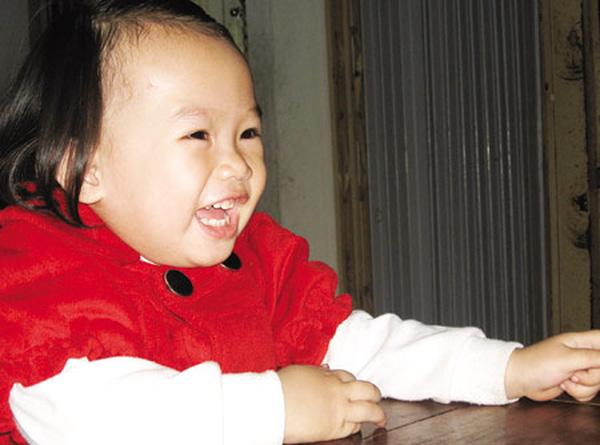 những em bé có cân nặng kỷ lục, những bé sơ sinh nặng kỷ lục, bé sơ sinh khổng lồ
