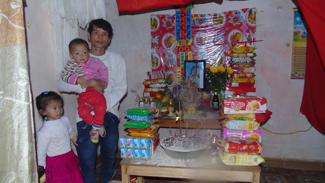 xót thương hoàn cảnh 2 đứa trẻ mồ côi mẹ chỉ sau 4 ngày mẹ đi làm