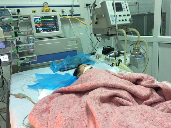 bé 8 tháng tuỏi bị tiêm nhầm thuốc đã tử vong