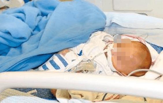 Xót xa bé trai 1 tuổi tử vong vì bà nội cho uống chai nước nhặt được trong siêu thị