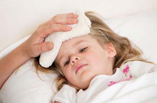 vì sao trẻ sinh mổ dễ mắc bệnh hô hấp hơn trẻ sinh thường