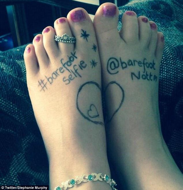 mơ về đôi bàn chân