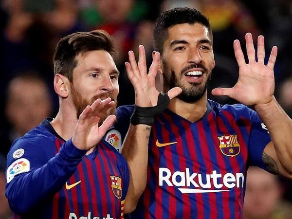 """Messi và Suarez không kịp bình phục, Barca """"méo mặt"""""""