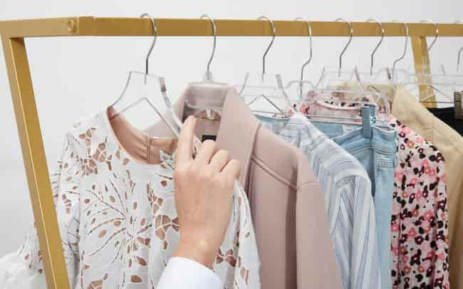 Mơ thấy đi mua quần áo điềm báo gì đánh số gì?